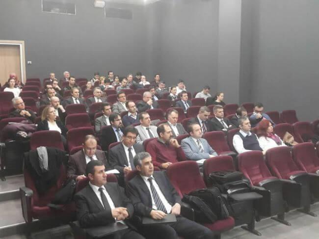 """10032015100833 - Bursa'da TAYSAD üyeleri ile """"Ar-Ge Merkezi Kurulumu ve Sürdürebilirlik"""" Semineri Düzenlendi"""